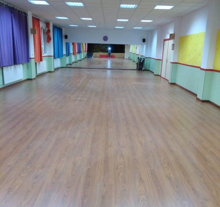 Sala de Actos cambio de suelo.